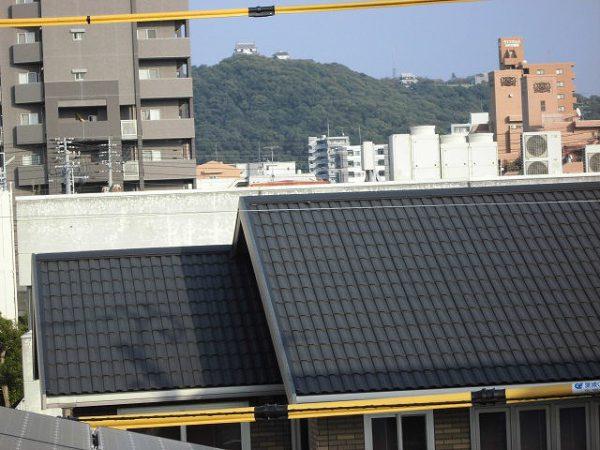 3階の子供部屋からは、松山城が見ることができます。